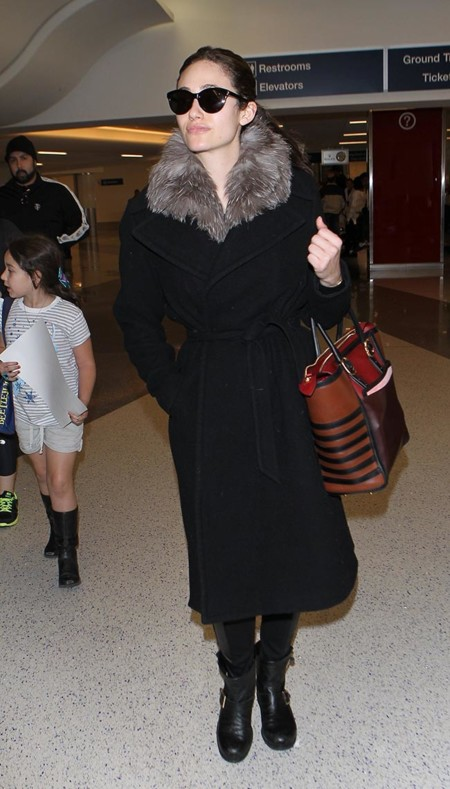 Emmy Rossum Abrigo 2014
