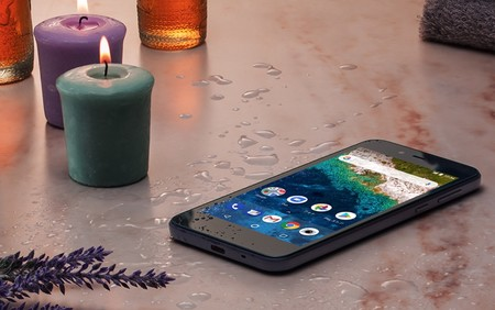 Sharp S3: así es el nuevo Android One con pantalla IGZO de 5 pulgadas y resistencia al agua