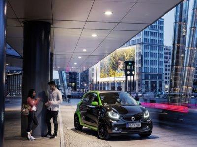 Smart ForTwo ED 2017: 160 kms de autonomía NEDC con un precio de 21.940 euros en Alemania