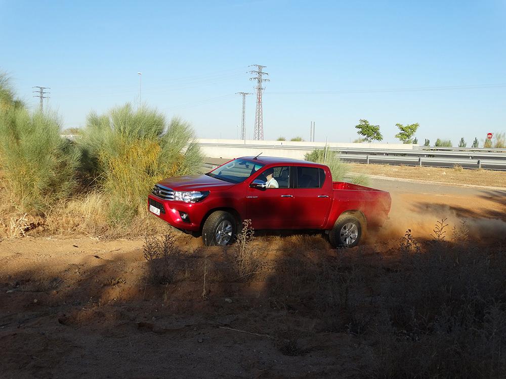 Foto de Probamos el Toyota Hilux en campo, todas las imágenes (22/57)