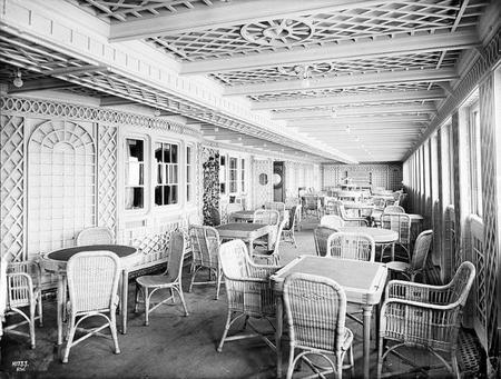 Cenas conmemorativas del Titanic en Barcelona y Madrid