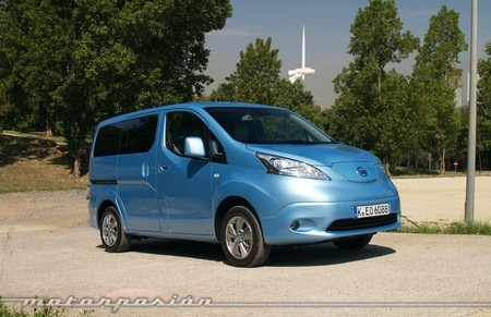 nissan-env200-evalia-650-mp-03.jpg
