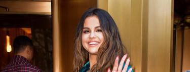 Asos tiene tres trajes de americana y pantalón de terciopelo parecidos al de Selena Gómez (y están en nuestra wishlist)