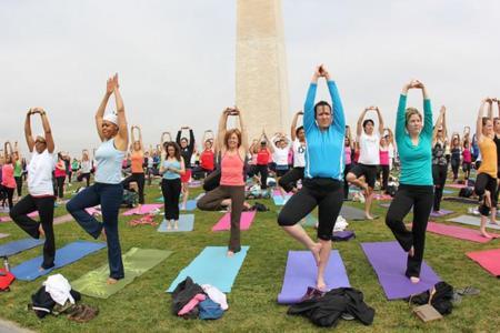 ¿Clases de yoga en línea? Aquí te decimos donde