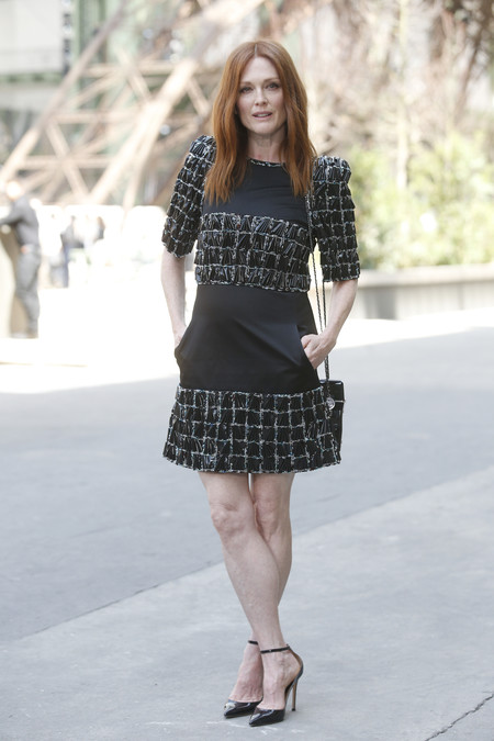 front row chanel alta costura Julianne Moore