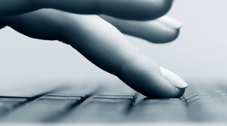 El teclado flexible que cambia de forma cuando tecleamos quiere ser real en 2014