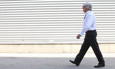 Todos pendientes de Bernie Ecclestone