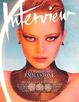 Vuelve el look ochentero a Interview Magazine con Emma Stone