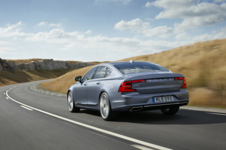 Rear Quarter Volvo S90 Mussel Blue 2 1