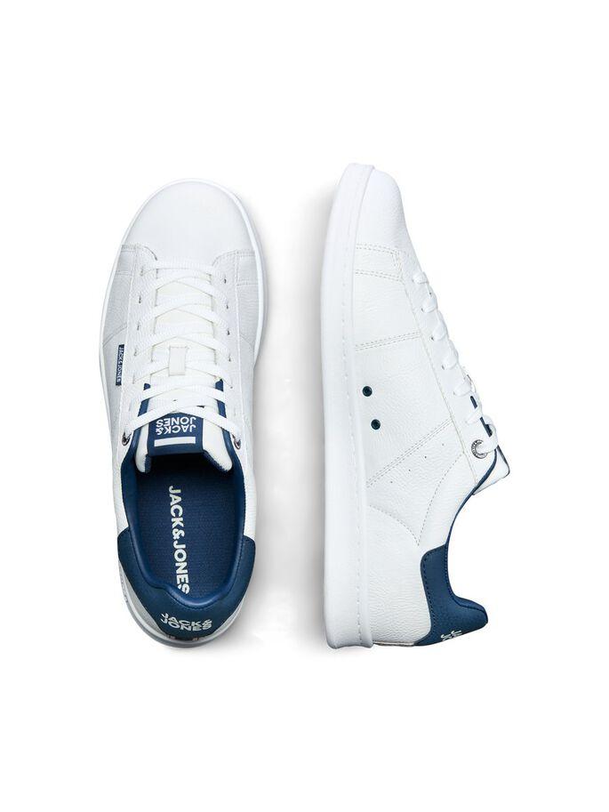 Zapatillas blancas con talón en contraste