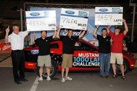Más de 1.400 vueltas al circuito de Bristol en un Ford Mustang V6 con un sólo depósito