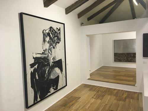 Obras de Saura, Mompó, Millares, Zobel y Chillida, en el Museo de Arte Abstracto en Cuenca (que además es gratuito)
