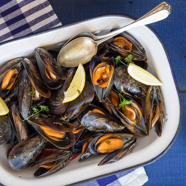Siete aperitivos con mejillones que son baratos, fáciles de preparar y nutritivos, perfectos para la cuesta de enero
