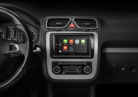 Apple asegura que más de 400 modelos de vehículos ya admiten CarPlay en Estados Unidos