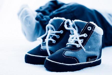 Zapatos bebé adecuados en cada etapa del desarrollo