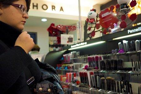 La clave para saber si la dependienta es experta en cosmética