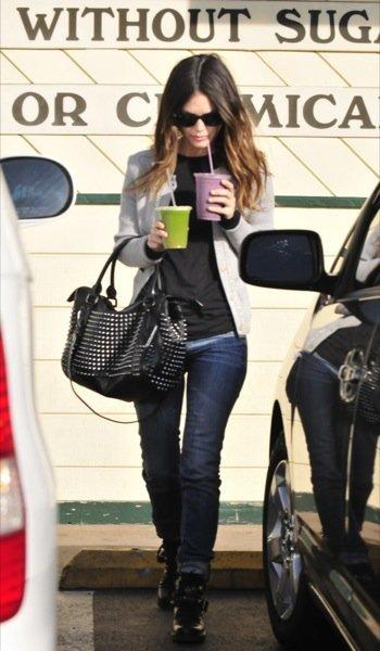 Rachel Bilson look calle estilo