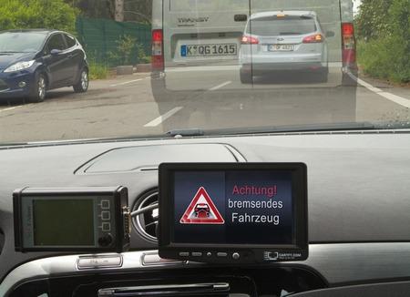 Comienza la prueba real de los sistemas 'Car-to-Car' y 'Car-to-Infraestructure' en Alemania