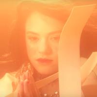 """Rosalía llora un río hasta ahogarse en su pena en el videoclip de """"Bagdad"""""""