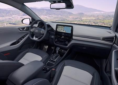 Hyundai Ioniq 2020 6