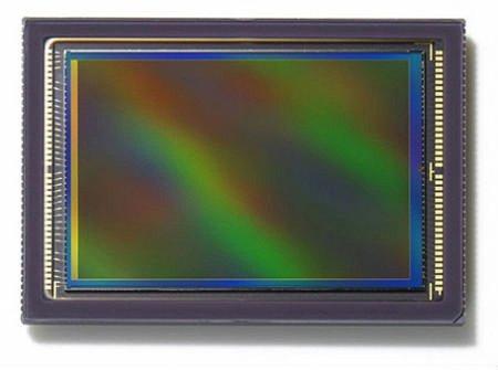 Toshiba lanza un nuevo sensor CMOS retroiluminado más pequeño y luminoso