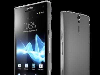 Sony Xperia S recibe una mano de pintura plateada