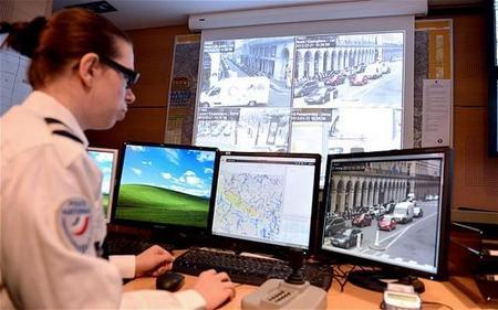 La policía podría llegar a controlar el motor de nuestros coches de forma remota