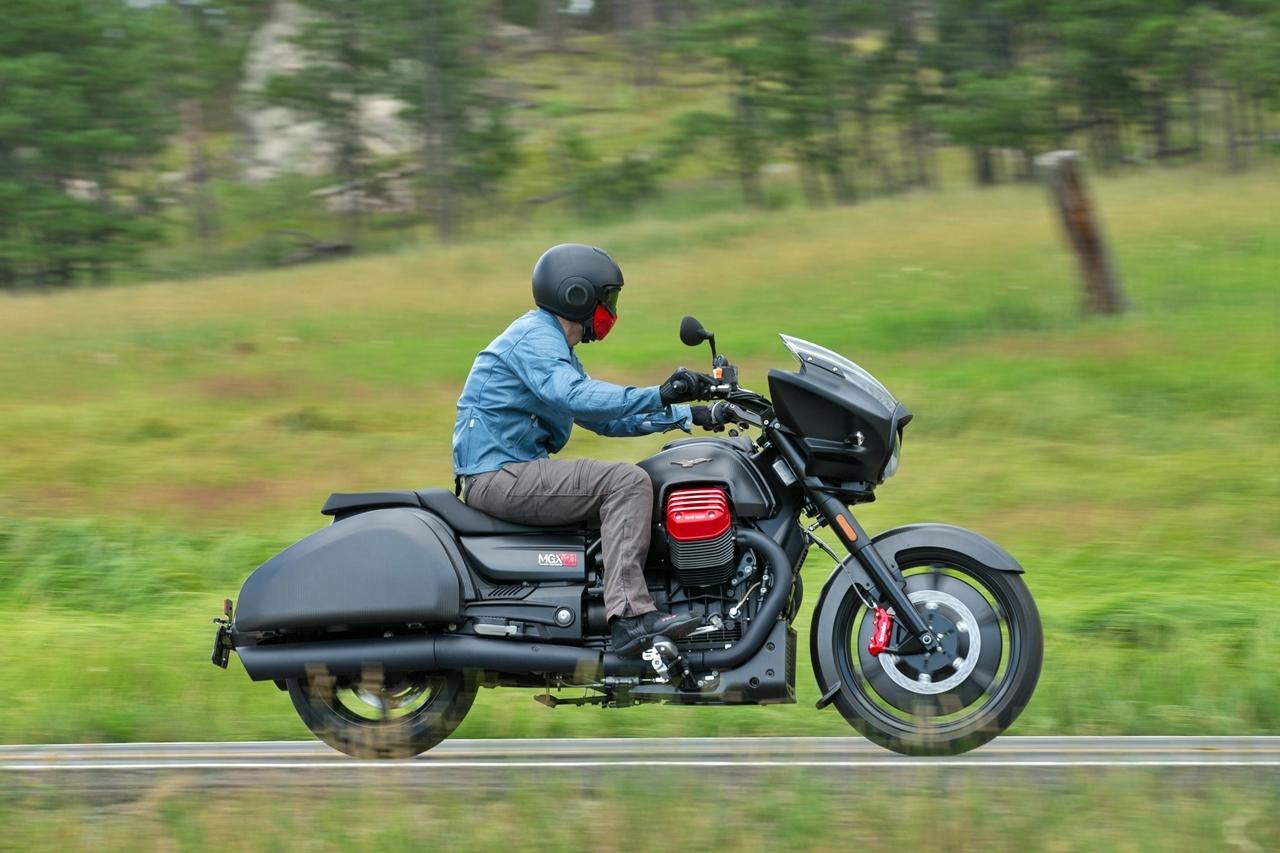 Foto de Moto Guzzi MGX-21 Sturgis (4/25)