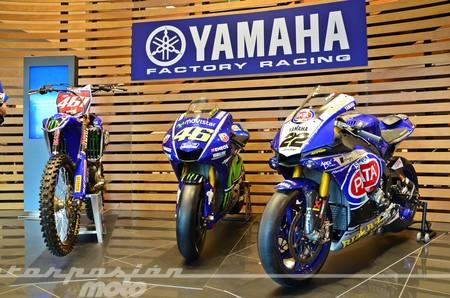 Yamaha Racing 010