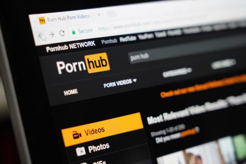 Reino Unido quiere proteger a los niños del porno online. Ahora la gente tendrá que meter su DNI para verlo