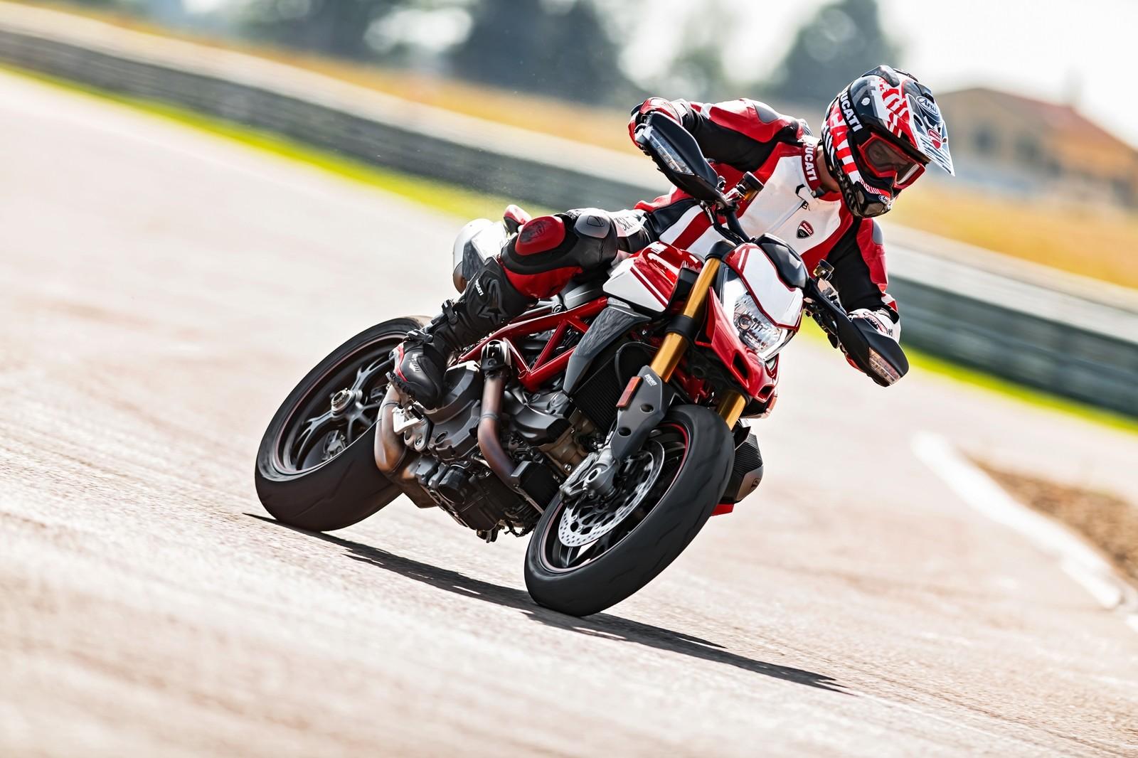 Foto de Ducati Hypermotard 950 2019 (14/76)