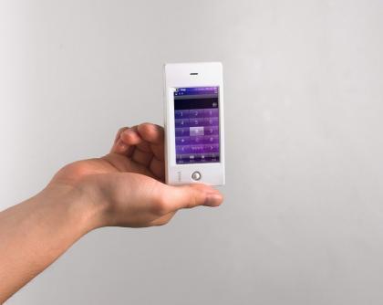 iRiver W10, PMP con pantalla táctil