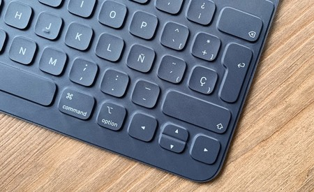 El próximo Smart Keyboard Folio para iPad Pro podría tener Touch Bar, según una patente de Apple
