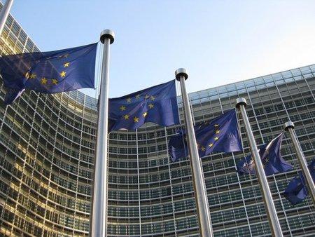 ACTA enseña sus cartas y la Comisión Europea lo celebra
