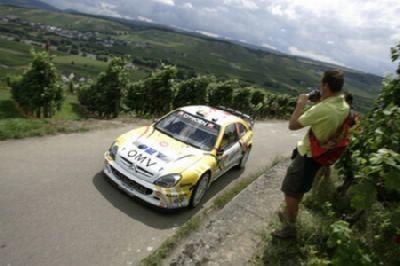 Loeb gana en Alemania
