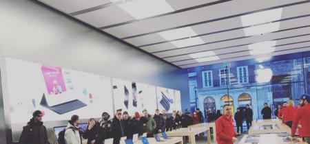 Los AirPods forman colas en las Apple Store de los Estados Unidos