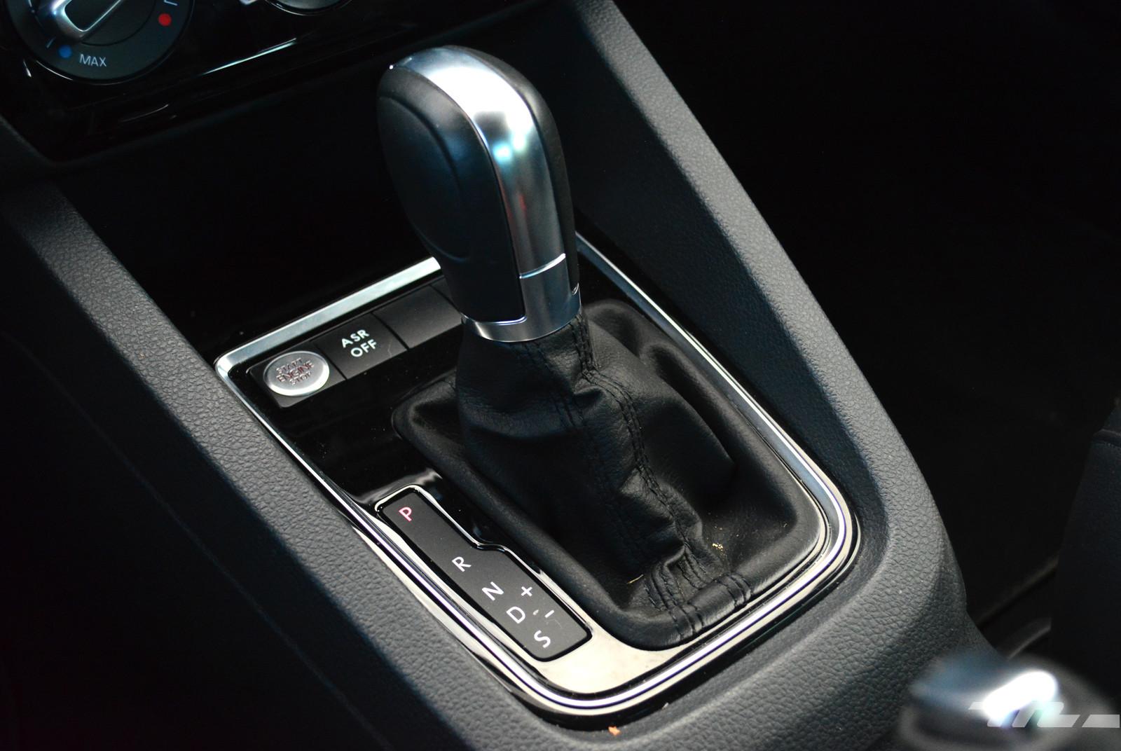 Foto de Comparativa: Mazda3 vs. Nissan Sentra vs. Toyota Corolla vs. Volkswagen Jetta (55/60)