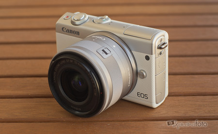 Review Canon Eos 100m 8