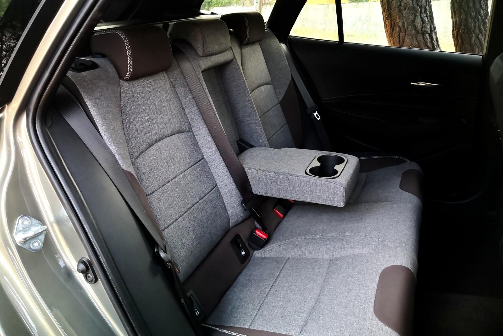 Foto de Toyota Corolla Trek - Imágenes interiores (13/18)