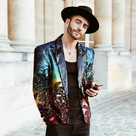 Pelayo Diaz Le Suma Un Toque Boho A La Fashion Week Con Un Accesorio Infalible El Sombrero De Ala Ancha 09