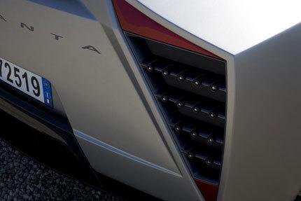 Teasers del prototipo que llevará Giugiaro al salón de Ginebra