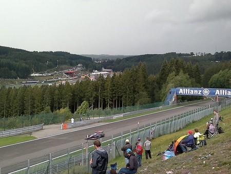 Surcos en la parrilla sorprenden a los pilotos en Spa-Francorchamps