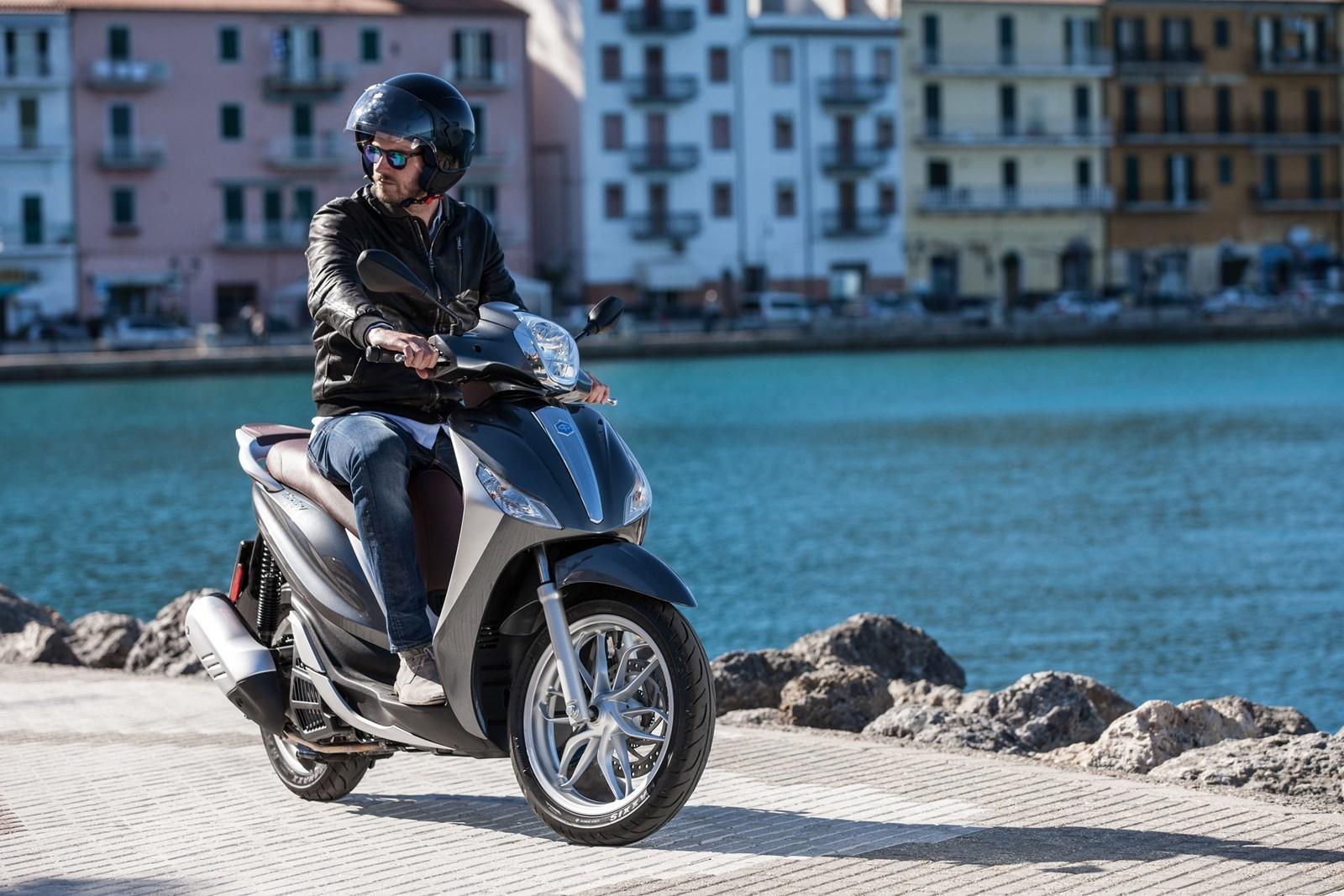 Foto de Piaggio Medley 125 ABS, ambiente y acción (35/52)