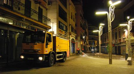 Camion baldeador de Sevilla