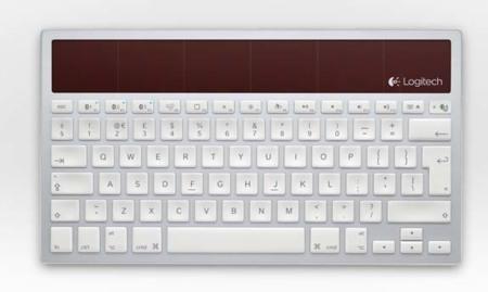 Logitech K760, un teclado solar Bluetooth para tres dispositivos: A Fondo