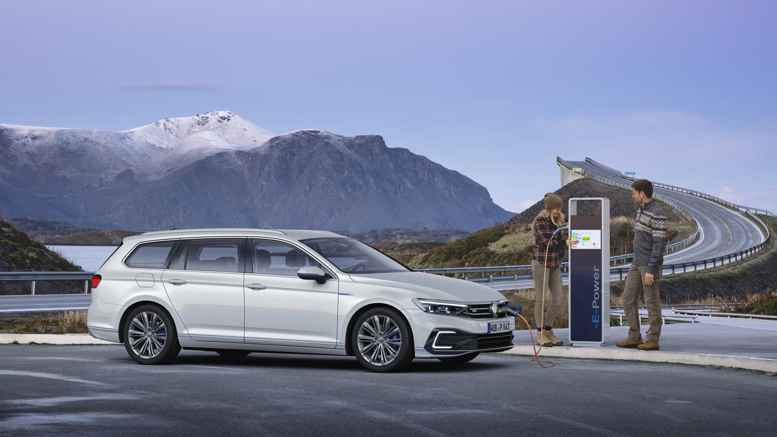 Foto de Volkswagen Passat 2019 (49/53)