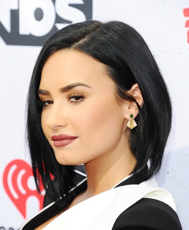 Demi Lovato, reina del escenario de los iHeart Radio Awards 2016