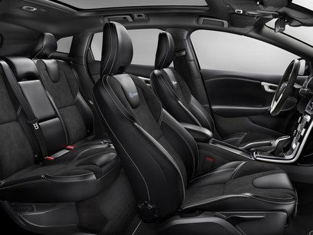 Volvo V40 R-Design (interior)