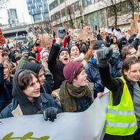 """""""Os importa una mierda nuestro futuro"""": lo que hay que saber de la huelga de jóvenes contra el cambio climático que se celebra hoy"""