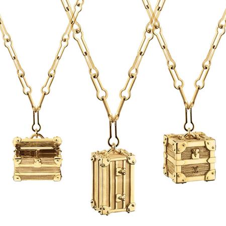 Les Petites Malles de Louis Vuitton ahora en colgantes de oro para llevar cerca del corazón